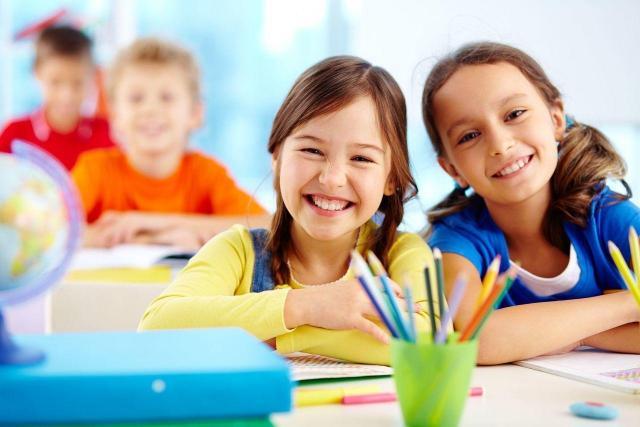 Jak zaplanować czas wolny dziecku podczas roku szkolnego?