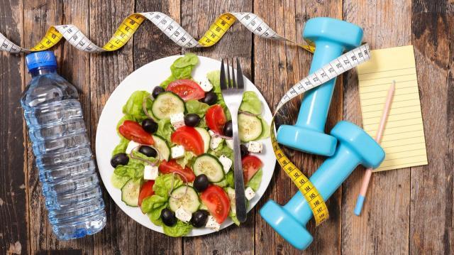 3 tuczące produkty, które warto wykluczyć zimą z diety