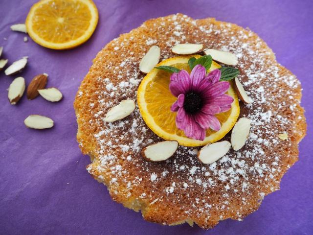 Ciasto pomarańczowo-migdałowe bez mąki