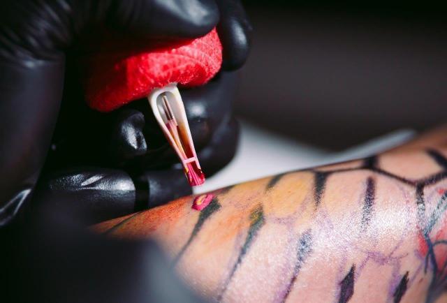 Co Oznaczają Wzory Krzyże W Tatuażach Co Oznacza Tatuaż