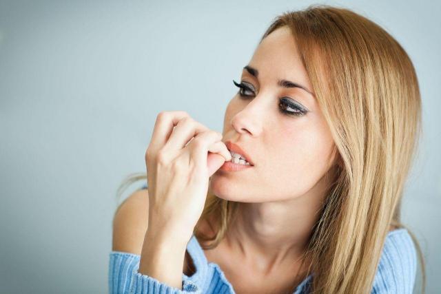 5 objawów somatycznych nerwicy - warto wiedzieć!