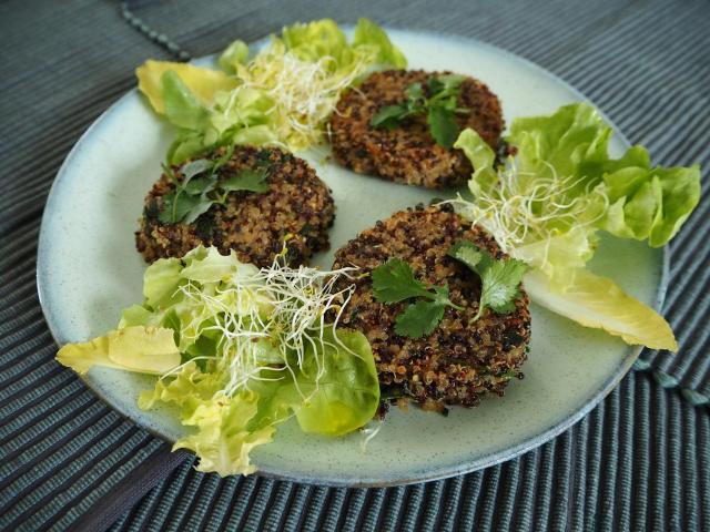 Ziołowe placuszki z quinoa