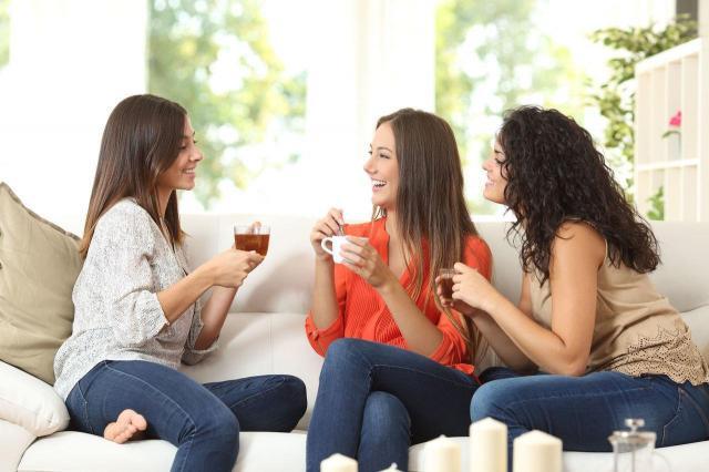 4 cechy fałszywej koleżanki, od której lepiej się uwolnić