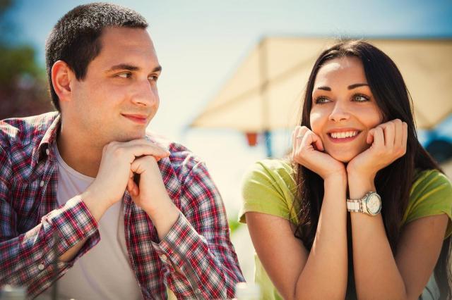 3 rzeczy, które odrzuca mężczyzn od nowo poznanej kobiety