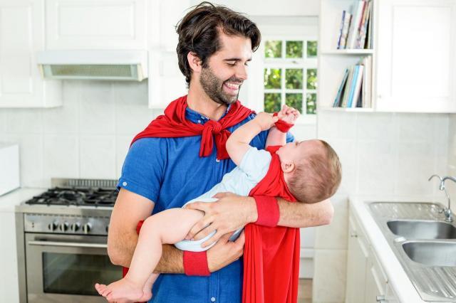 4 rzeczy, których musisz nauczyć faceta, zanim zostanie ojcem