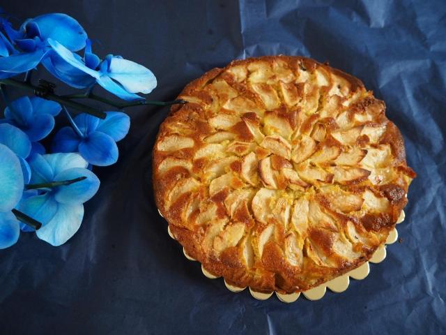 Ciasto jabłkowo- migdałowe