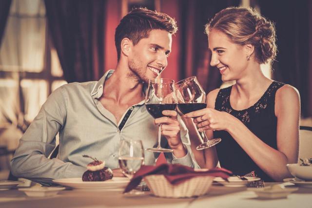 Te błędy na randce odrzucą każdego faceta - czy też je popełniasz?