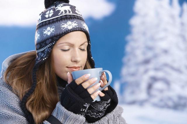 Zimowe przeziębienie? Te domowe sposoby powinny go pokonać!