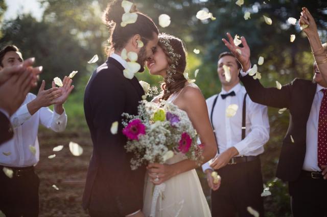 Wymarzony ślub i wesele – modne dodatki, bez których nie da się przejść obojętnie