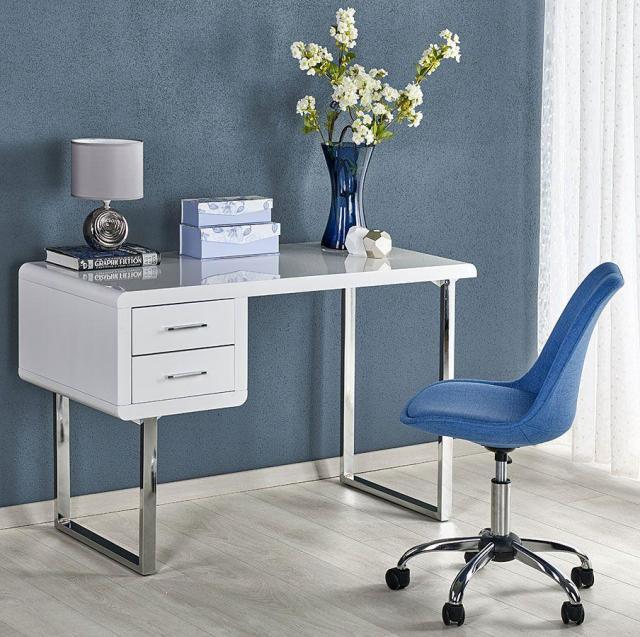 Lepiej zostań w domu! Zobacz propozycje niezwykłych biurek i zaprojektuj włąsną pracownię