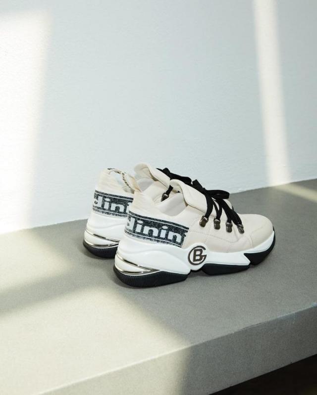 artykuł partnerski, obuwie, sneakersy