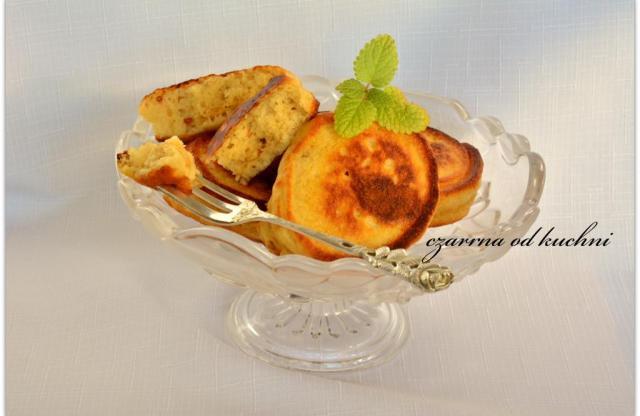 Puchate racuszki z masłem orzechowym