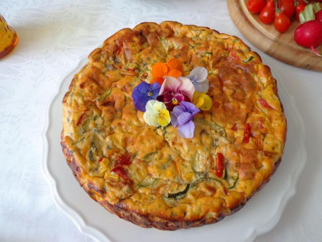 Pieczona frittata z warzywami i ricottą