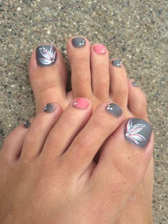 paznokcie wzory, paznokcie różowe, paznokcie pudrowe, paznokcie długie, paznokcie brokatowe, paznokcie w kropki