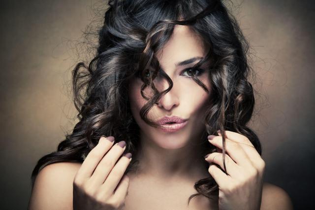 8  niedrogich odżywek do włosów, które powinnaś mieć w swojej kosmetyczce