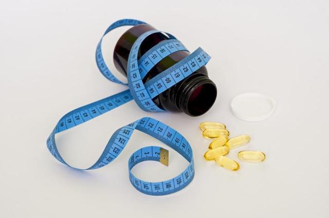 Popularne suplementy pomagające w odchudzaniu